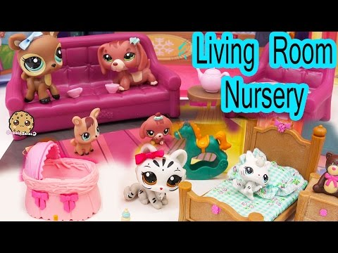 Li'l Woodzeez Living Room & Nursery Playset With Littlest Pet Shop Mom And Babies - Cookieswirlc