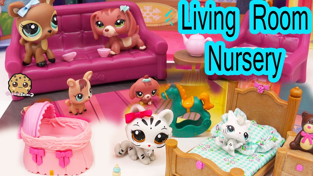 Lil Woodzeez Living Room Nursery Playset With Littlest Pet Shop Mom And Babies