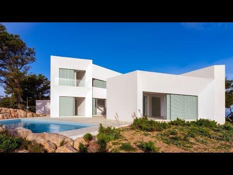 Luxury villa in Coves Noves, Menorca.