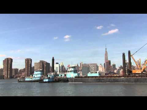 Maintenance dredging in Newtown Creek
