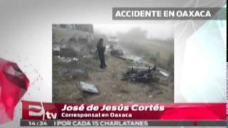 Volcadura de autobús en Oaxaca deja ocho muertos / Titulares de la tarde