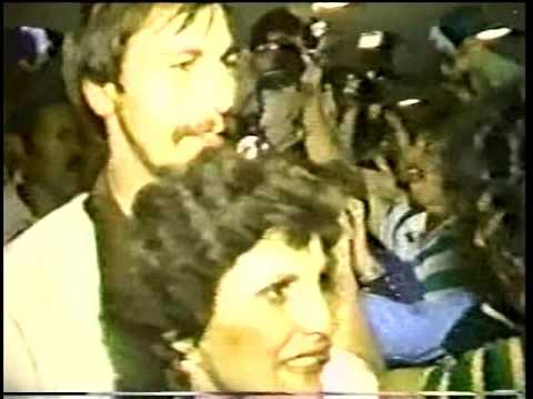 Boston Celtics wild airport arrival after 1981 NBA Championship. Kirby Perkins report.