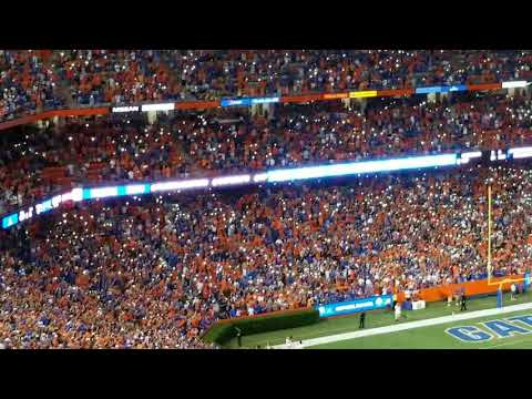 Gators fans honor Tom Petty without interruptions!!