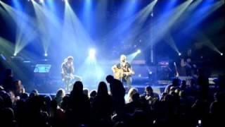 Download Stelios Rokkos vs Dimos Anastasiadis live (Asteria) MP3 song and Music Video
