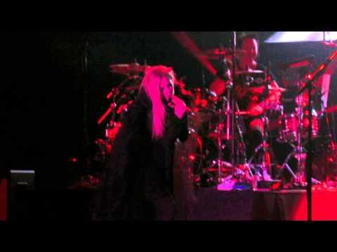 Avril Lavigne - Bad Girl (FT. Marilyn Manson)