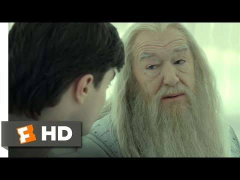 Harry Potter and the Deathly Hallows: Part 2 (4/5) Movie CLIP - King's Cross Station (2011) HD