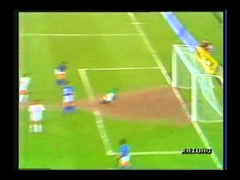 1989 (April 26) Italy 4-Hungary 0 (Friendly).avi