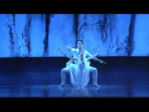 Balance - My Life as a Ballerina | Yuan Yuan Tan 谭元元 | TEDxShanghai