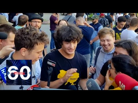 Сын Порошенко на русском языке заявил о любви к украинской мове. 60 минут от 14.08.19