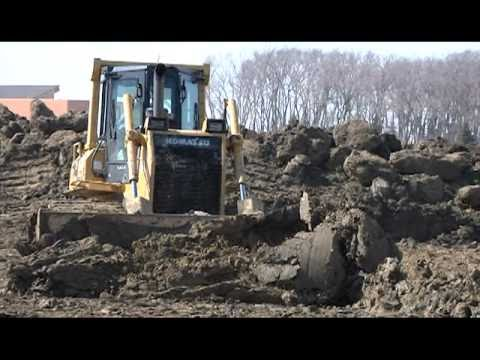 Red River of the North Flood Fight 2011: Building Emergency Levees