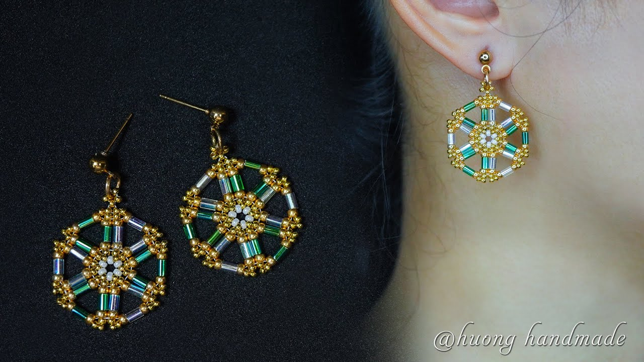 Easy to make beaded earrings with bugle beads and seed beads. DIY earrings