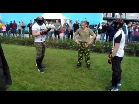 А.Лукашенко в 120-й отдельной механизированной бригаде Северо-западного оперативного командованияиз YouTube · Длительность: 4 мин41 с  · Просмотров: 833 · отправлено: 31-10-2015 · кем отправлено: EnemyOpsBelNews+