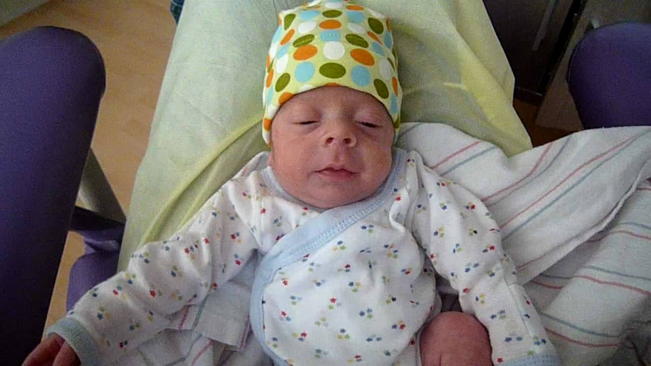 Leo Alexander - April 3 2009 - 36 weeks gestational age ...