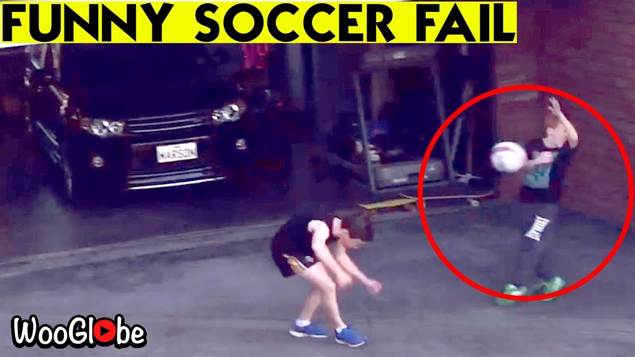 Humorous Soccer Fail / Humorous Soccer Fail