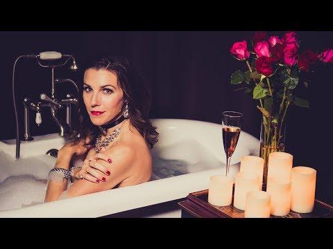 My Personal Bathtub Photo Project - A Sparkling Bath!