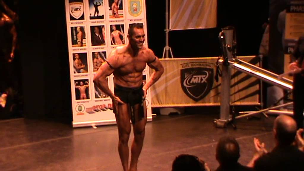 NATURAL BODYBUILDING UEBBN SHOW - Karate's Choreography