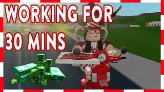 ROBLOX | Bem-vindo ao Bloxburg: trabalhando na entrega de pizza por 30 minutos!