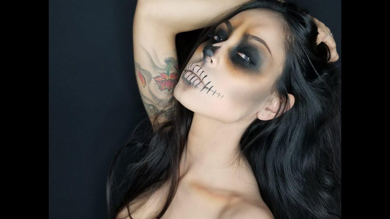Easy skull makeup tutorial youtube easy skull makeup tutorial baditri Image collections