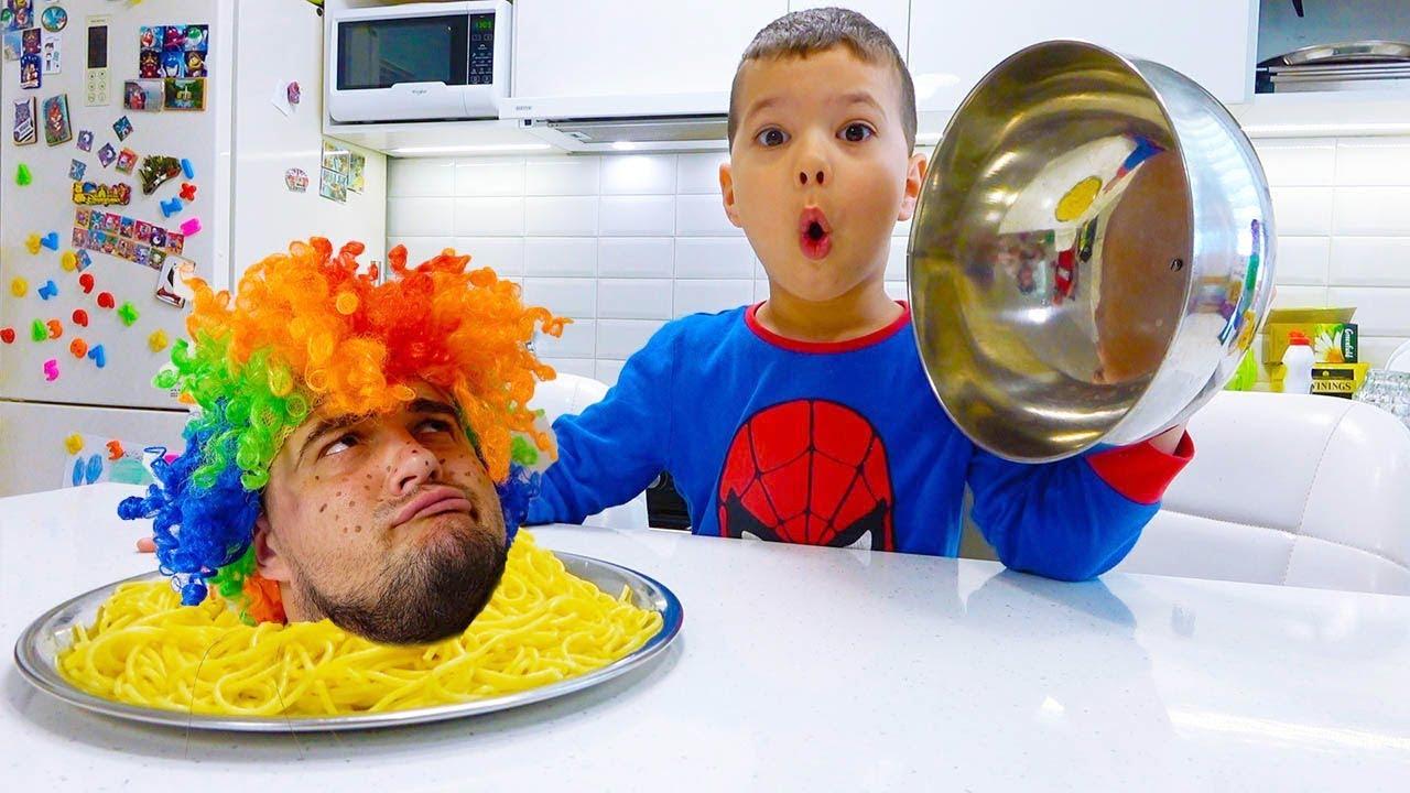 Егорка приготовил Завтрак Карлосу