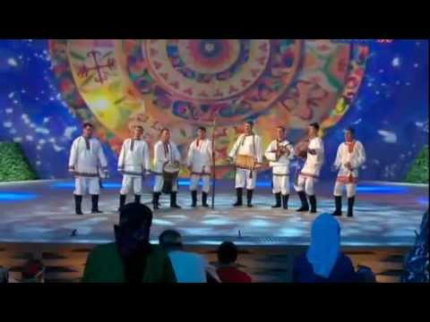 "Мордовский фольклорный ансамбль ""Торама"" (Mordovian Folk Song And Dance)"