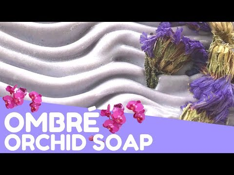 Making Ombré Orchid Soap | 💟 GypsyfaeCreations