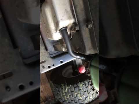 Craftsman LT2000 hose broken  Breather Hose  Kholer 17HP Engine