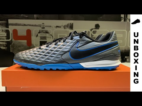 Sin alterar maceta Reunión  Nike Tiempo Legend 8 Academy TF Under The Radar - Black/Blue Hero - YouTube