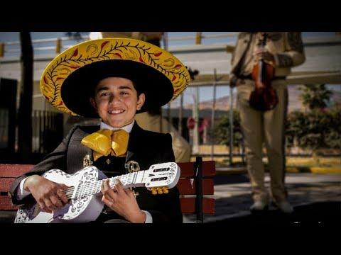 Luis Angel Gomez Jaramillo- Popurrí con Mariachi COCO Disney Pixar