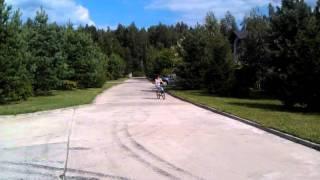 Первые уроки на велосипеде