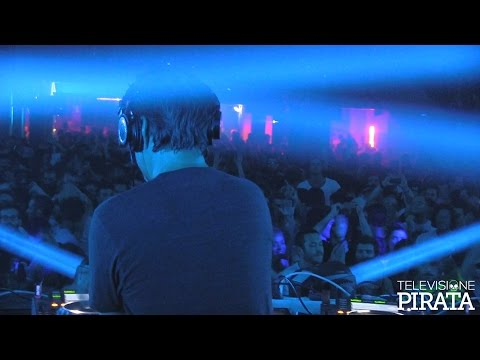 Laurent Garnier dj set - XX Years of electronic music in Bologna || Link Associated