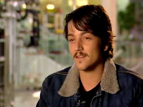Diego Luna-Interview-The Terminal