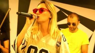 Скачать Alexandra Stan Feat Havana Ecoute LIVE On Radio 21
