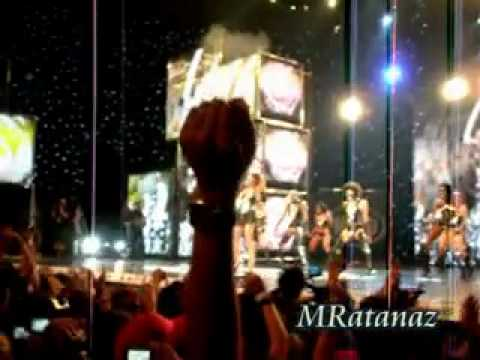 Helena Paparizou - Intro & Dancing without music (MAD VMA 2010)