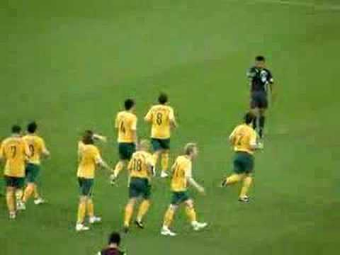 Bresciano puts Australia 3-0 up against Qatar