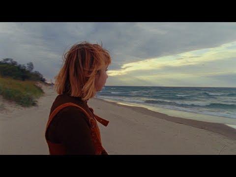 Beach Bunny - Ms. California (Official Music Video)