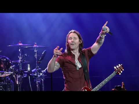 Alter Bridge - Open Your Eyes (Live at the Sioux Empire Fair)