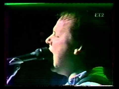 Pixies - 18 - Tony's Theme - 1989  05 19 Greece