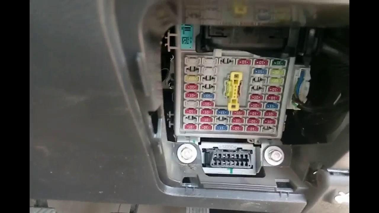 hyundai i20 fuse box [ 1280 x 720 Pixel ]