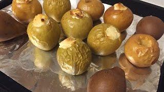 Запеченные яблоки с творогом / Простой рецепт печеных яблок