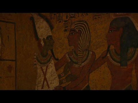 Le tombeau de Néfertiti découvert?