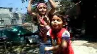 Niños bailando!