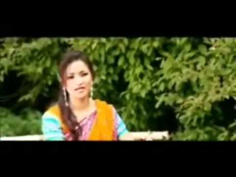 Timro Nazar Bhulauna Muskurayeki Hoina Sadhana SargamYouTube