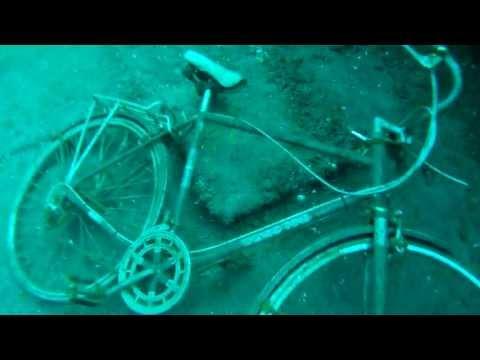 Scuba Diving the 'Niagara II' on Canada Day - Raw Footage