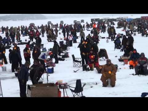 Ice Fishing Challenge 2013 Alexandria Mn 1st Half Youtube