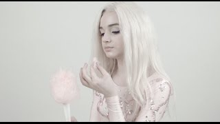 Poppy Eats Cotton Candy