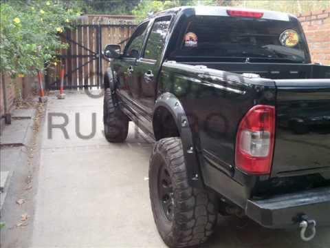Buches Modelo Bushwacker Chevrolet Luv Dmax - YouTube