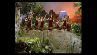 Repeat youtube video Chiều Tây Nguyên-Trần Hữu Bích-Thu Trang