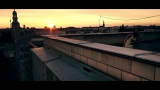 Christina Stürmer - Ich hör auf mein Herz (official Video)