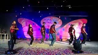 Gambar cover DZe Dance Studios | Annual Day 2018| Bollywood dance {ADULTS BATCH} | Choreo Harsha| Trainer Ravali