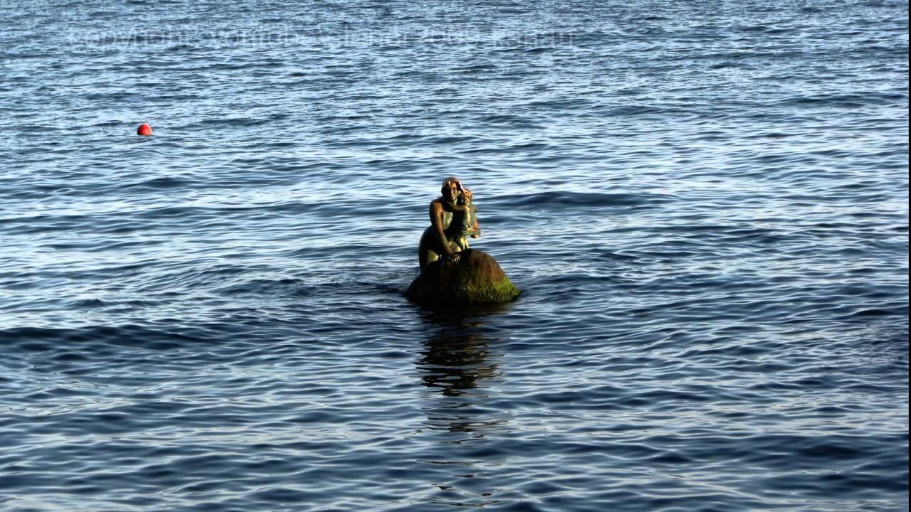 Пляжные русалки сосочки фото 730-482